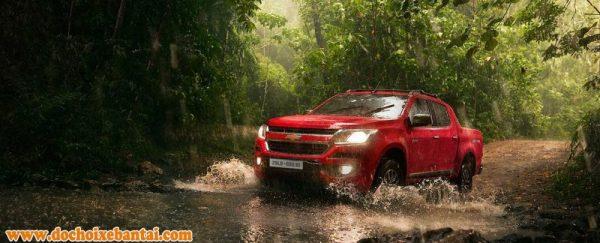 Đánh giá xe Chevrolet Colorado 2017: Kẻ ngáng đường Ford Ranger.