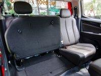Đánh giá xe Chevrolet Colorado 2017: Hàng ghế sau có thể gập linh hoạt a2