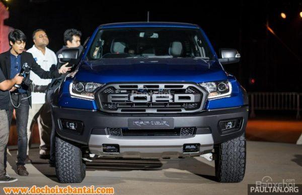 Đánh giá Ford Ranger Raptor 2019 về thiết kế đầu xe 2
