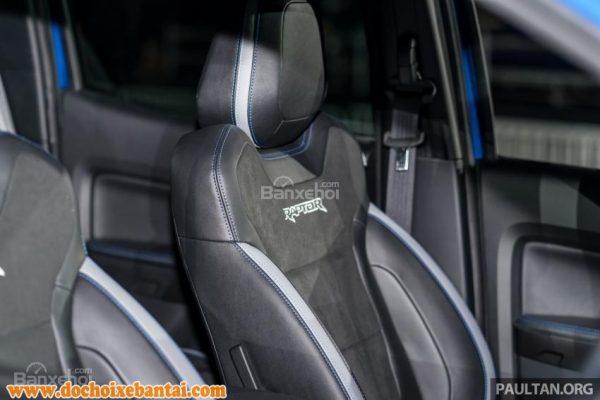 Đánh giá xe Ford Ranger Raptor 2019 về hệ thống ghế ngồi 2