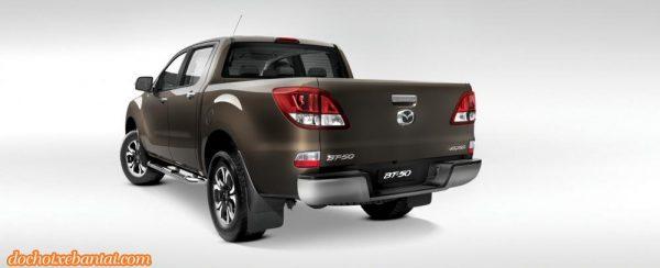 Hình ảnh đuôi xe Mazda BT-50 2018