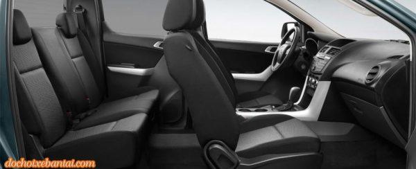 Ảnh chụp ghế ngồi xe Mazda BT-50 2018