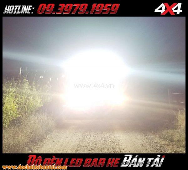 Đèn led ligh bar không những chiếu sáng mà còn trang trí cho xe bán tải đẹp mắt và đẳng cấp hơn
