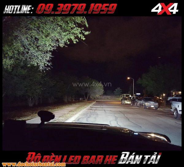 Tấm ảnh: Để độ xe đẹp và ngầu những bạn nên gắn thêm đèn led bar cho xe hơi xe bán tải của mình