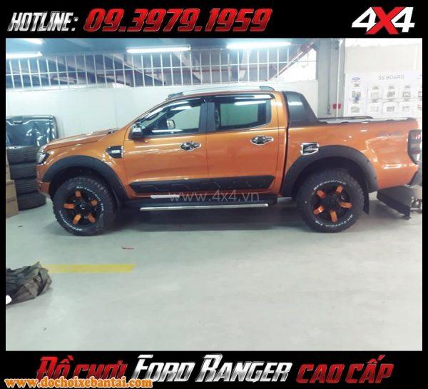 hình ảnh lắp đật vè che mua cho Ford Ranger