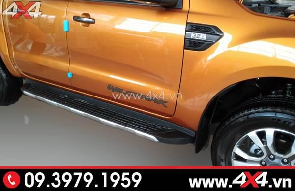 Xe bán tải Ford Ranger độ bậc bước chân lên xuống đẹp và hữu ích