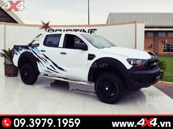 Tem dán xe bán tải - Mẫu tem đẹp cho xe Ford Ranger trắng