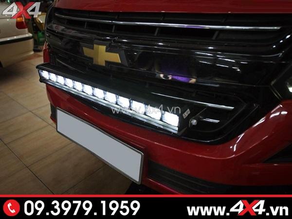 Đèn led bar 6D độ đẹp gắn phía trước xe Chevrolet Colorado