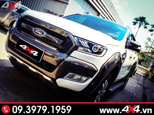 Chiếc Ford Ranger màu trắng độ đẹp với đèn trước làm điểm nhấn