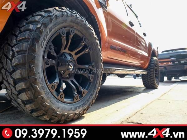Mâm xe Ford Ranger - Chiếc xe bán tải Ford Ranger màu cam lên lốp và mâm Fuel Vapor cứng cáp