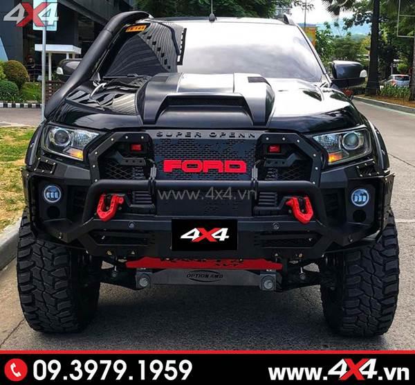 Cản trước Ford Ranger - Chiếc bán tải Ford Ranger màu đen độ đẹp và ngầu với cản Open Thái Lan và nhiều món đồ chơi khác