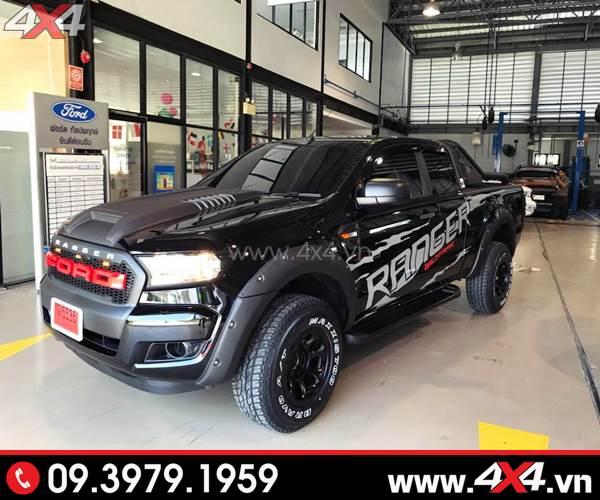 Tem dán xe bán tải - Chiếc Ford Ranger đen lên tem đẹp và nổi bật