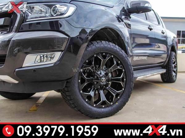 Xe Ford Ranger đen độ ngầu và cứng cáp với mâm Fuel Assault