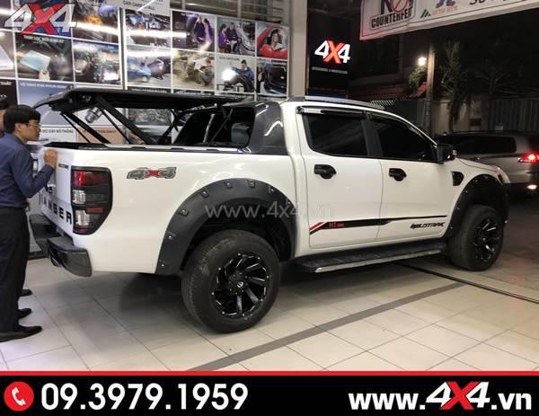 Chiếc Ford Ranger Biturbo màu trắng lên mâm Fuel Razor và nhiều món đồ chơi khủng khác