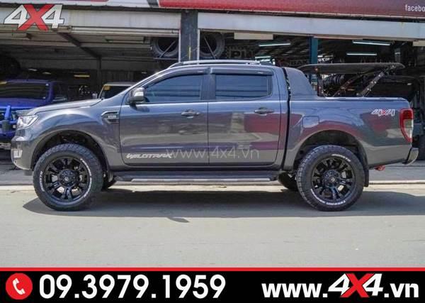Mâm xe Ford Ranger độ: Xe bán tải đen lên mâm Fuel Vapor đẹp và cứng cáp