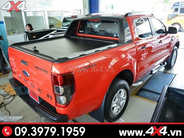 Nắp thùng cuộn Ford Ranger loại CarryBoy CB744 độ đẹp