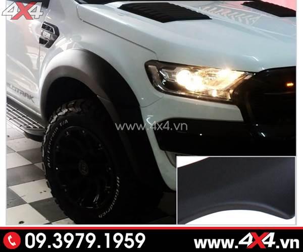 Ốp cua lốp màu đen mờ gắn đẹp cho xe bán tải Ford Ranger trắng
