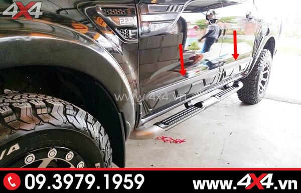 Ốp sườn loại nhỏ gắn xe Ford Ranger màu đen ngầu và chất