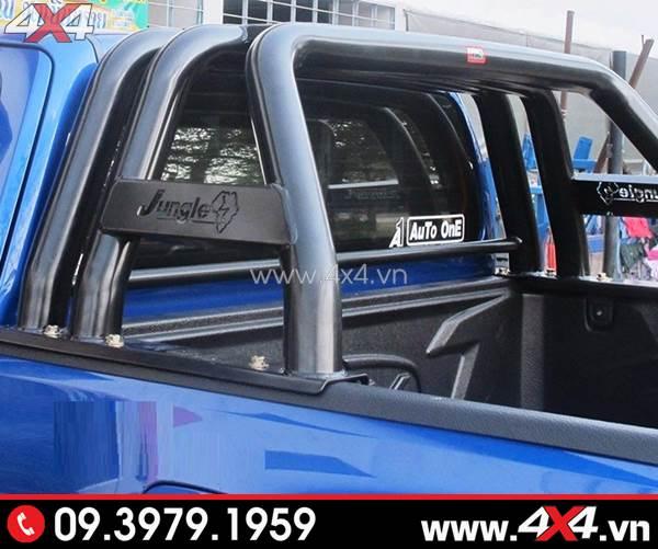 Khung thể thao sắt cứng cáp độ xe Ford Ranger