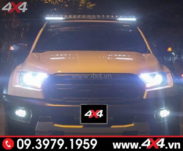 Ford Ranger Raptor gắn đèn led bar tăng sáng Stedi đẹp và đẳng cấp