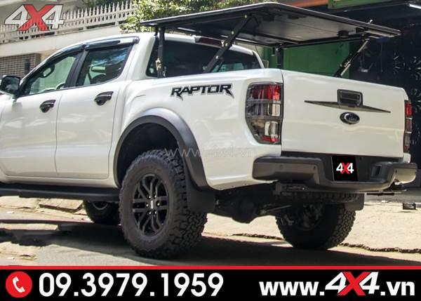 Ốp vè che mưa đen sọc trắng đẹp và nổi bật độ xe Ford Ranger Raptor