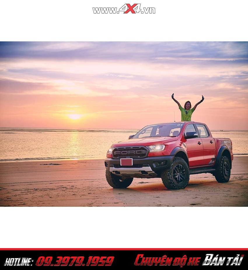 Ngoại thất xe bán tải Ford Ranger Raptor 2019