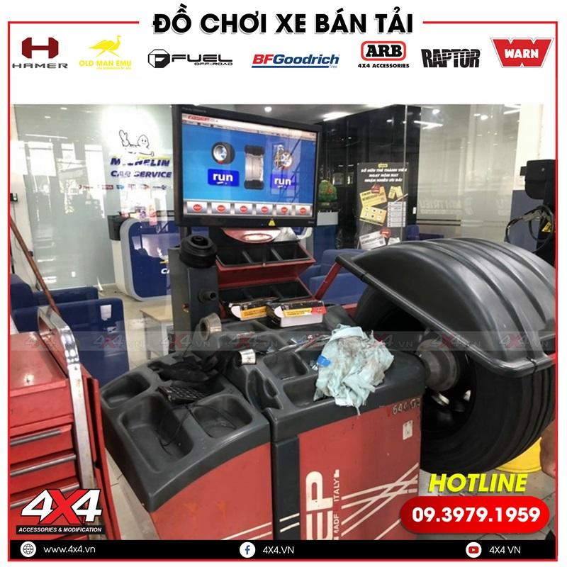 Hình ảnh canh chỉnh mâm độ Fuel Vapor dành cho xe bán tải Toyota Hilux