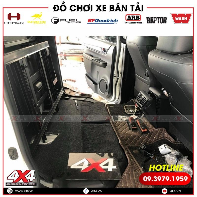 4x4 là xưởng độ uy tín chuyên độ hàng ghế sau chỉnh điện cho xe bán tải Toyota Hilux