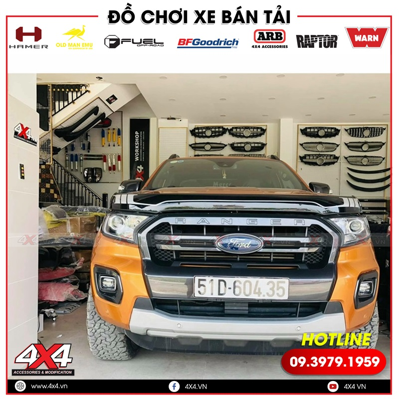 Chiếc bán tải Ford Ranger độ đẹp và chất hơn với ốp lướt gió Thái Lan